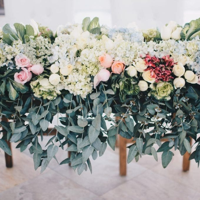 Beautiful wedding flower and leaf decoration